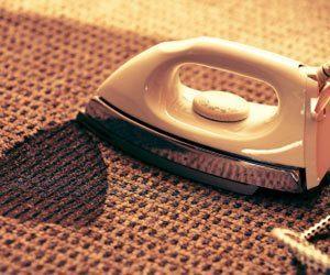 Cómo limpiar la alfombra derretida de una placa de hierro
